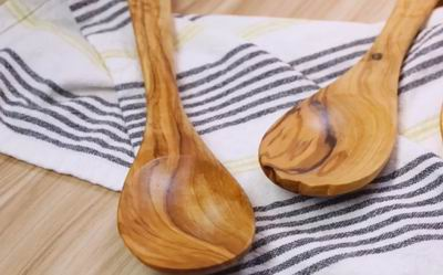 how do you clean wooden spoons